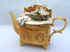 1996 ROYAL ALBERT - OLD COUNTRY ROSES CHINTZ - TEAPOT WASH BASIN - CARDEW DESIGN