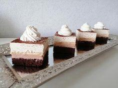 Krispie Treats, Rice Krispies, Mini Cheesecakes, Dessert Recipes, Desserts, Coffee Cake, Vanilla Cake, Tiramisu, Mousse