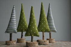 Christmas decoration - fir trees with wooden base - a designer piece .- Weihnachtsdeko – Tannenbäume mit Holzfuß – ein Designerstück von hoppel-di-ho… Christmas decoration – fir trees with wooden base – a unique product by hoppel-di-hopp on DaWanda - Christmas Makes, Noel Christmas, Homemade Christmas, Rustic Christmas, Christmas Ornaments, Christmas Lights, Christmas Projects, Holiday Crafts, Christmas Ideas