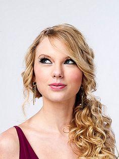 Taylor Swift - CMT Awards Portraits 2008