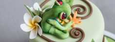 Tree Frog & Frangipani cake-6