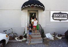 The Paris Market & Brocante in Savannah, Georgia - Google 検索