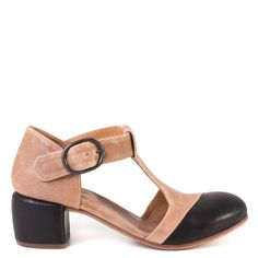 P. Monjo Michelle Heeled T-Strap Shoe in Tan and Black Leather #PMonjo #Sandals