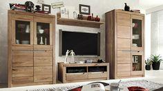 """Das praktische TV-Lowboard """"Savina"""" bietet viel Platz für Zusatzgeräte und Zubehör. Die raffiniert eingearbeitete Griffmulde an den Schubladen mit dezenter Metallblende überzeugen durch und durch."""