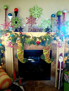 Decorating the mantel for Christmas...if only I had a mantel!!! I freakin love this!!!