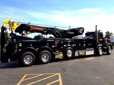 Tow truck - US Trailer can lease used trailers in any condition to or from you. Contact USTrailer and let us rent your trailer. Click to http://USTrailer.com or Call 816-795-8484