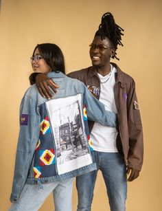 Huri Movement designs with an ethical point of view by sourcing and incorporating upcycled Kente fabric textiles from Ghana into their apparel. Design Show, One Design, Mens Measurements, To My Mother, Plate Design, Interesting History, West Africa, Piece Of Clothing, Spring Collection