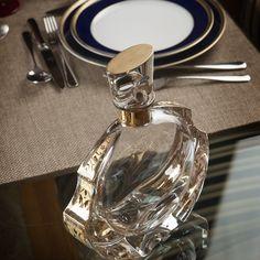 RINASCENTE - Whisky Decanter; Tableware BREST – Home Stylist: Yolanda Noivo/Noir et Chocolat Atlantis, Decanter, Whisky, Perfume Bottles, Decor Ideas, Crystals, Tableware, Inspiration, Home Decor