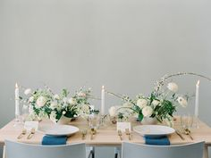 Modern white table decor with touches of gold: http://www.stylemepretty.com/california-weddings/berkeley/2016/06/24/kintsugi-editorial-submission/ | Photography: Blueberry Photography - http://www.blueberryphotography.com/