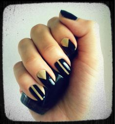 Nails by @NellieGaintsev