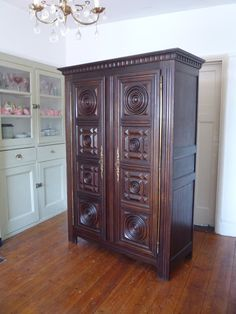 UK based online boutique specialising in authentic French armoires, antique mirrors and French decorative accessories. My Furniture, French Furniture, Vintage Furniture, French Armoire, French Mirror, Brass Hinges, Hanging Rail, French Vintage, French Antiques