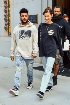 The most stylish couples of jennifer lopez and alex rodriguez, bella hadid and the weeknd, and more - vogue Bella Hadid Outfits, Bella Hadid Style, Strip Steak, Abel And Bella, Stylish Couple, Fashion Couple, Couple Outfits, Skinny, Hailey Baldwin