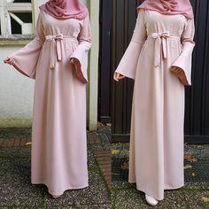 Abaya Fashion, Muslim Fashion, Modest Fashion, Abaya Designs, Dress Designs, Hijab Style, Bridesmaid Dresses, Wedding Dresses, Maxi Dresses