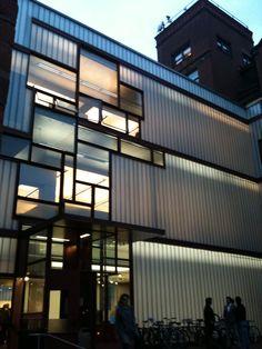 Steven Holl, Architect...Higgins Hall Addition, Pratt Institute, Brooklyn, NY 2010; Photo: Philip M. Tusa.