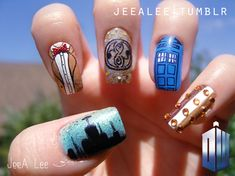 Dr Who nail art.perfect for the annual Dr Who party. Dr Who, Geek Chic, Get Nails, Hair And Nails, Doctor Who Nails, Star Trek, Serie Doctor, Fabulous Nails, Amazing Nails