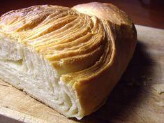 🍉🌮🥦 Peroleando: Pan hojaldrado (Pa fullat) Biscuit Bread, Pan Bread, Bread Baking, Frango Bacon, My Favorite Food, Favorite Recipes, Best Bread Recipe, Bread Recipes, Salty Foods