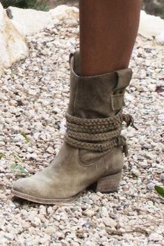 Isla Ibiza Suede Boots Isla Ibiza - Coco