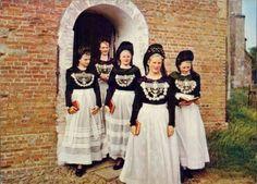 Trachten, Friesland, Sylt, Föhr, Amrun, Junge Friesinnen