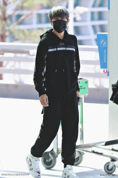 Airport Style, Airport Fashion, Cry A River, Ha Sungwoon, Tsundere, New Year 2020, Boy Fashion, Rapper, Boys Style