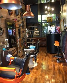 Barber Shop Interior, Barber Shop Decor, Barber Equipment, Barbershop Design, Store Interiors, Elegant Man, Barber Chair, Interior Decorating, Interior Design