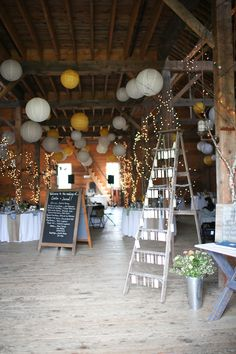 barn reception - love the use of the ladder