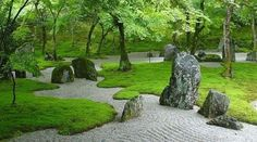 Japanese Garden With Boulders And Mosses : Growing Moss In An Outdoor Garden If you want to grow moss in your outdoor garden, here are several information for you. If moss already grows in your outdoor garden, cultivating more comes easily. Zen Rock Garden, Small Japanese Garden, Zen Garden Design, Japanese Garden Design, Moss Garden, Japanese Gardens, Forest Garden, Landscape Architecture, Landscape Design