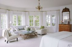 Mix and Chic: Home tour- Victoria Hagan's gorgeous Connecticut home!