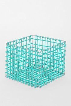 4040 Locust Medium Nylon Rope Basket
