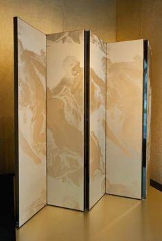 biombo forrado com tecidos Armani Casa. I would love to have this in mirror