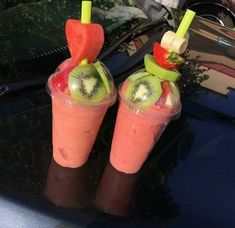 3 Delicious Detox Smoothies for Health Smoothie Drinks, Healthy Smoothies, Healthy Drinks, Smoothie Recipes, Healthy Snacks, Candy Drinks, Yummy Drinks, Yummy Food, Alcohol Drink Recipes