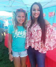 Transgirls Corey Maison and Jazz Jennings. Cute Girls, Cool Girl, Jazz Jennings, Transgender Youth, Brave Kids, Short Hair Styles For Round Faces, Pretty And Cute, Girly, Feminine