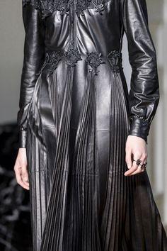Valentino at Paris Fashion Week Fall 2017 - Details Runway Photos