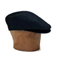 Driving Cap in Black Linen Mens Hat Made to by bonniesknitting, Driving Cap, Mens Winter Coat, Kentucky Derby Hats, Cool Hats, Black Linen, Hat Making, Gentleman Style, Headgear, Stylish Men