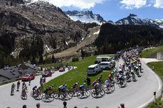 #Giro The peloton on #stage14 of the #GirodItalia!