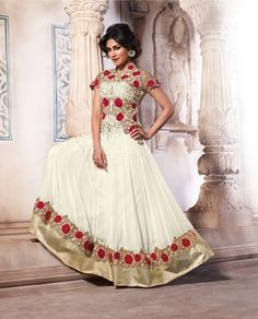 Gorgeous #Chitrangada Singh in #fabdeal Latest wedding collection.