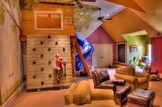 24 idées qui vous permettront de trouver la décoration et l'aménagement idéal pour la salle de jeux pour vos enfants.