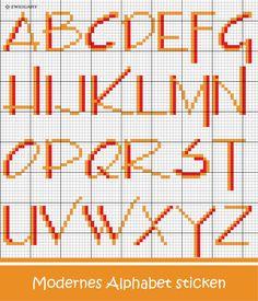 Modernes Alphabet in Rot-Orange sticken #Sticken #Kreuzstich / #Alphabet; #Embroidery #Crossstitch / #alphabet / #ZWEIGART