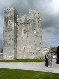 Love to visit this castle in Ireland someday.