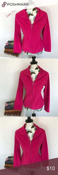 💠Just in💠 Danskin Now-Hot Pink Fleece Pull Over 🌼Brand: Danskin Now🌼 Color(s): hot pink Size: Large (12-14) Stretch: very little Fabric Content: 100% polyester  Condition: Gently used condition  Note: slightly worn due to wash. No holes, stains, or fading!   Measurements: Pit to pit: ~21 inches  Length: ~25 inches Shoulders: ~17.5 inches Sleeves: ~24 inches  📦Bundle your likes, and I will send you a no obligation offer. Or, submit a reasonable offer!📦(D) Danskin Now Tops Sweatshirts…