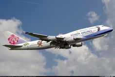 China Airlines B-18203 Boeing 747-409 aircraft picture