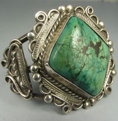 Vntg Hvy Wide Navajo Diamond-Shaped Green Turquoise Bracelet