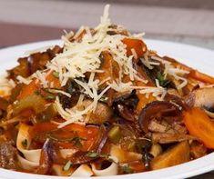 Egy finom Erdei gombás tészta ebédre vagy vacsorára? Erdei gombás tészta Receptek a Mindmegette.hu Recept gyűjteményében!