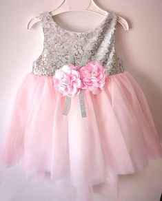 We design amazing wedding baby girl dress for stylish babies and moms. We created these christening pink gowns for you and your princesses. We can sew for this toddler Christmas outfits between 2 and 4 years old. Baby Outfits, Baby Girl Party Dresses, Newborn Outfits, Birthday Dresses, Baby Dress, Flower Girl Dresses, Toddler Christmas Outfit, Christmas Outfits, Lace Toddler Dress