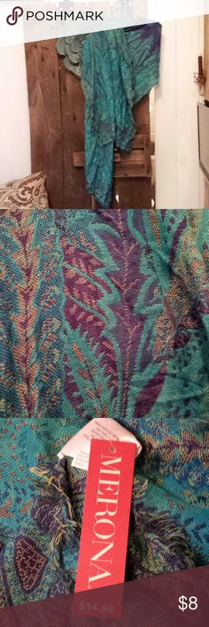 Merona scarf Beautiful turquoise scarf by Merona. Large enough to wear as wrap on cool eve. 🌹 I have 3 available. This listing is for just one. Merona Accessories Scarves & Wraps
