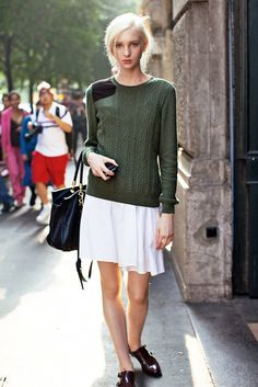 Model-Off-Duty: Transition To Spring With This Preppy Chic Look #style #fashion #streetstyle