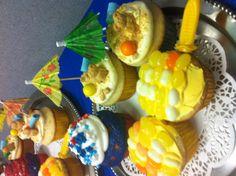 Memorial Day beach theme BBQ cupcakes