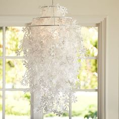 ❥ interesting chandelier~ gives one all kinds of ideas for DIY...