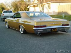 1966 chevy impala #chevroletimpala1966 1966 Chevy Impala, 66 Impala, Chevrolet Chevelle, Chicano, Lo Rider, Lowrider Art, Old School Cars, American Muscle Cars, Amazing Cars