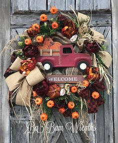 Fall Wreath, Fall Decor, Autumn Wreath, Autumn Decor, Halloween Wreath, Burlap Wreath, Scarecrow Wreath, Scarecrow Decor, Pumpkin Wreath, Pumpkin Welcome Fall with rustic warm colors, gorgeous gourds and Autumn florals~ make your home say WOW with this Beauty! A feast for the eyes, each material used to create this head turner is rich in fine details! A rustic mix of brown, burnt orange, burgundy,burlap and copper makes such an inviting statement for Fall! Made on a grapevine base and filled…