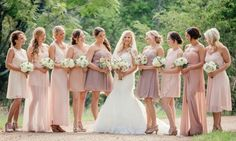 Love these shades of blush and lilac!   http://www.weddingpartyapp.com/blog/2014/11/10/chic-camp-style-wedding-popography/